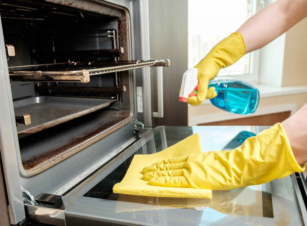 Three Ways to Clean Your Oven